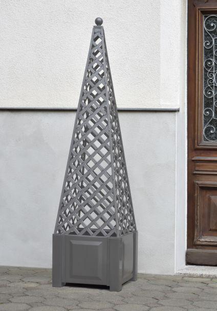 Obelisk, grau